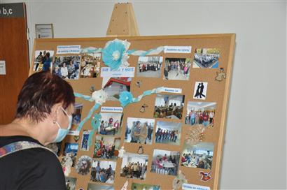 Výstava v rámci kampaně Říjen pro neziskovky na mosteckém magistrátu